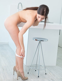 There's something about wearing high-heeled shoes that makes Caprice feels extra confident and super sexy.
