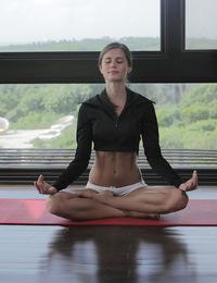 Caprice,Sexy Yoga Cutie,Watch sexy cutie Caprice do yoga in the nude X-Art style!